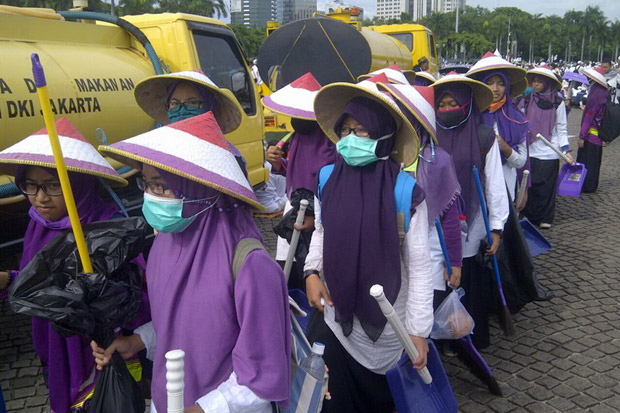keep-clean-indonesian-muslim-protest